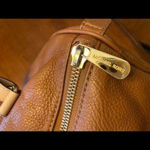 Michael Kors Bags - Authentic Michael Kors leather large satchel